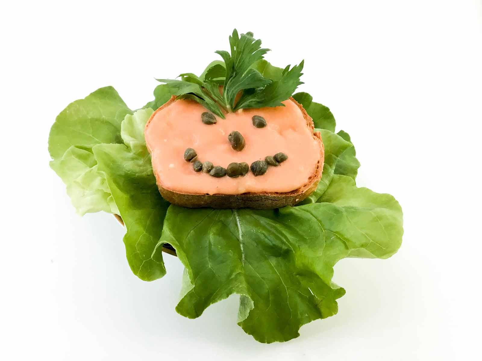 Veganski urnebes na salati